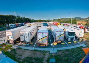 area-descanso-camioneros farcinox