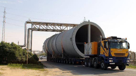¿Qué hacer si me cruzo con un mega camión?