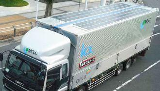 camion-con-placas-solares