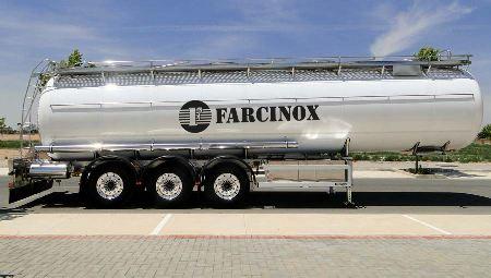 FARCINOX-cisterna-adr-isotermico-poliester