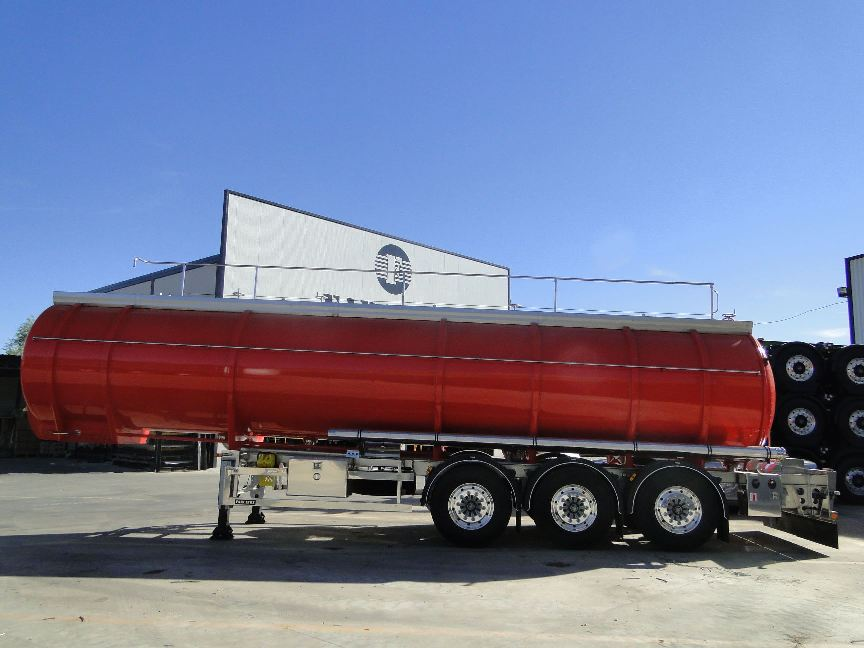 Fabricantes de cisternas a medida para el transporte de productos por carretera